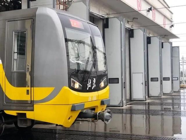 """北京地铁6号线""""上新"""",这些变化太酷炫!"""
