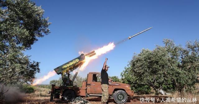 撤离@土军无奈撤离遭到叙叛军阻拦,账目没算清,双方动起刀子搞起内讧