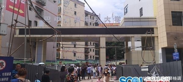 痛心!四川巴中七中五楼栏杆断裂 致两男生坠楼一死一重伤