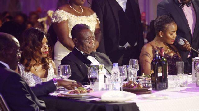 津巴布韦副总统老婆被控试图谋杀病重亲夫,副总统曾来华治疗