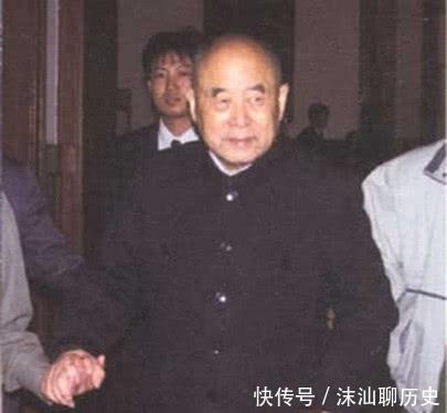 『司令员』担任过军区司令员的开国少将,有四位在1988年,还晋升上将军衔