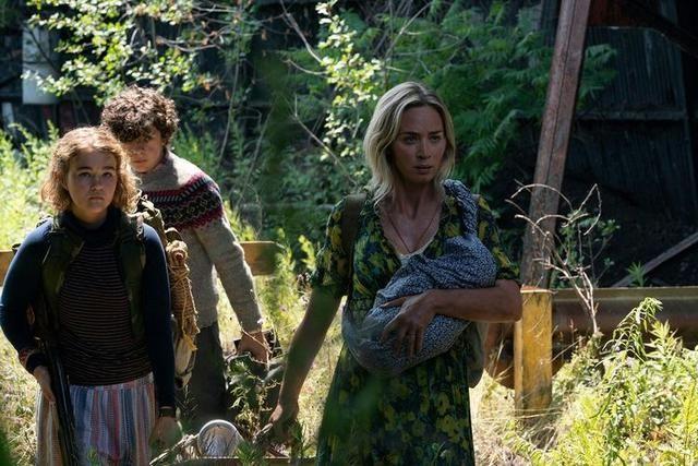 为母则刚!《寂静之地2》发布首张剧照,艾米莉·布朗特末日带娃前行
