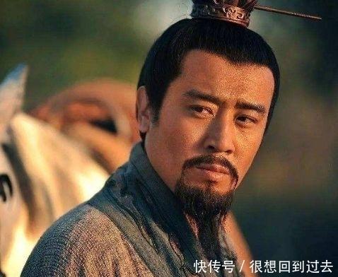 『三国』为什么在20岁看三国觉得曹操厉害,五十岁才明白刘备厉害?
