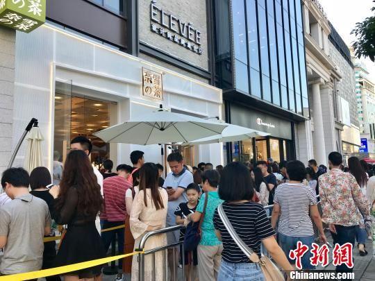 福州打卡网红店:排队一个小时左右并不算很长(四)