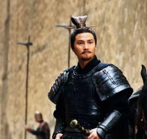 『修筑长城』秦始皇为什么宁愿修长城也不打匈奴,这个千古之谜终于有答案了?
