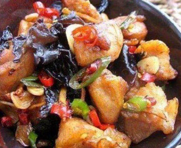 『香菜』最好吃的几道家常菜做法,实惠健康,怎么吃都不嫌腻,家人都爱吃