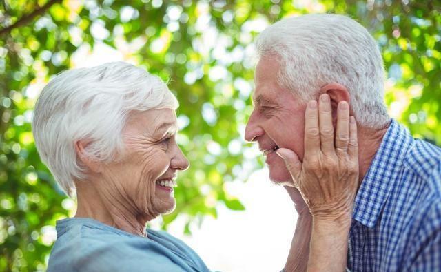 活得长寿的人,通常有4个特点,第一个很容易看出来