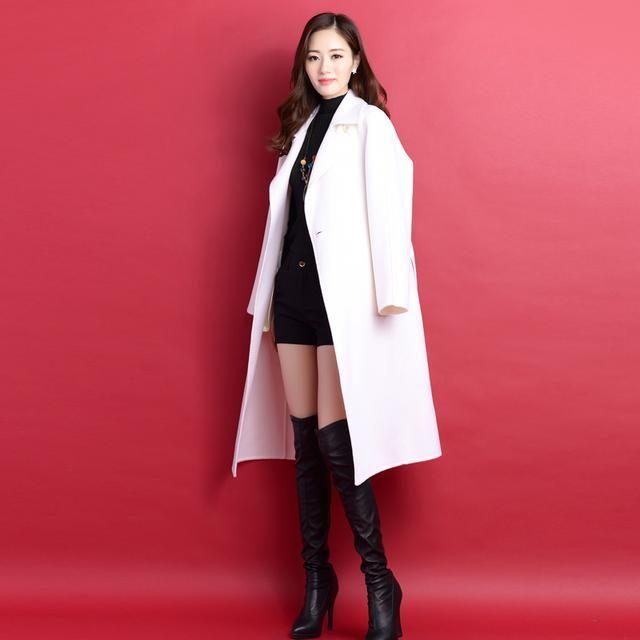 秋冬女装羊绒大衣中长款大衣连衣裙毛呢外套简约大方的西装领设计,修饰颈部线条更优雅.图片
