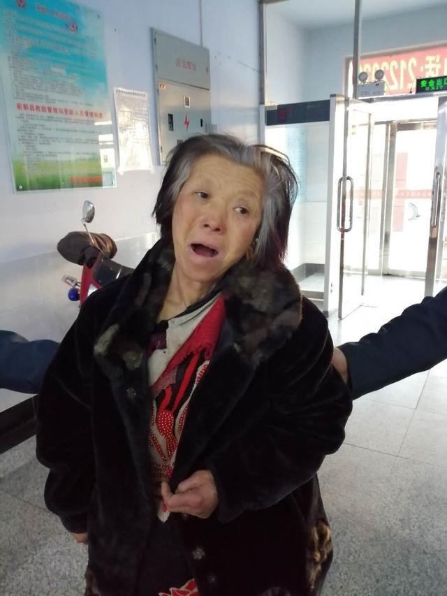 松原尋親:六旬老太被救助,自述叫劉鳳云,白城人