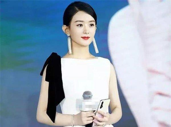 赵丽颖产后复出被嘲:女人生完孩子,到底有多难?