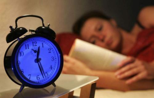 长期失眠睡不好,睡前用它泡水喝,安神助眠,让你一觉睡到自然醒