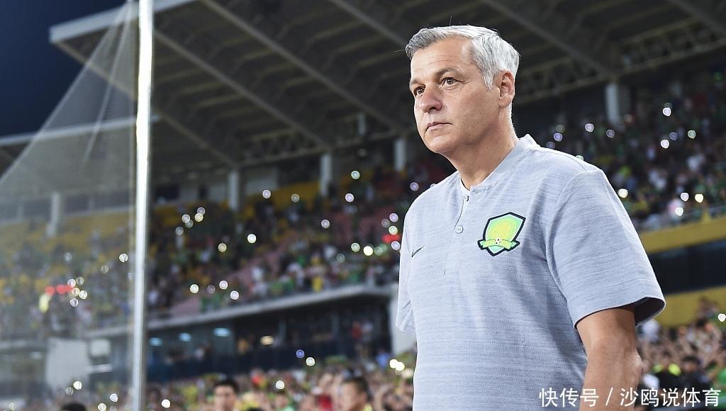 <b>国安新帅确认赛季目标!保住联赛第二名,还盛赞中国球员水平高</b>