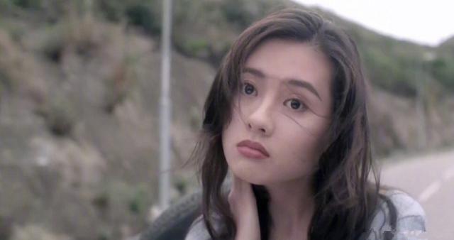 两部《蜜桃成熟时》80,90后的女神李丽珍与明
