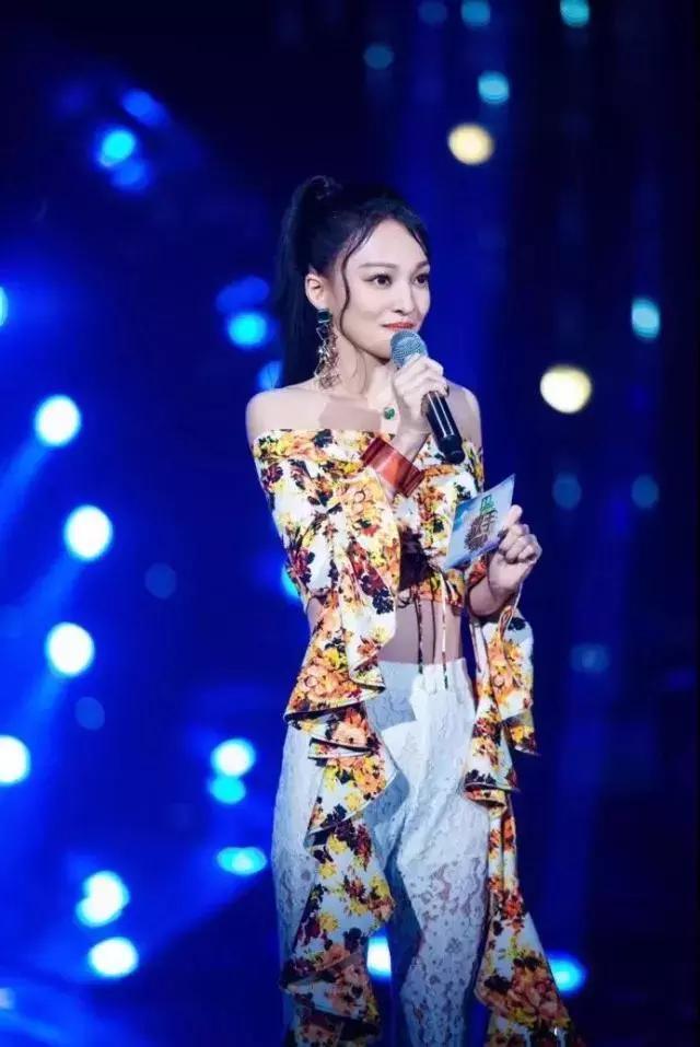 刘亦菲体重再轻也不显瘦,是因为锁骨不够明显