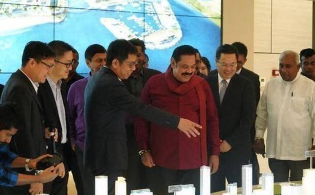"""斯里兰卡回收中企99年租期港口?总理曝真相,用两个""""没有""""反击"""