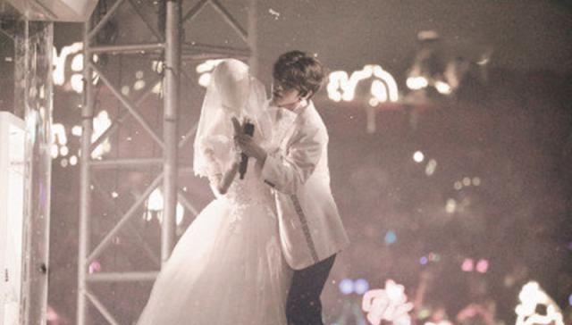 蔡徐坤与穿婚纱的