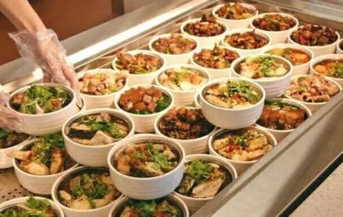 #食堂#看了华为公司食堂,终于知道员工爱加班的原因了,都是老板的套路