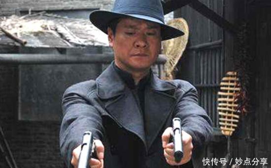 他师出黄埔军校,曾一人暗杀二十名日本军官,吓得日本人不敢出门