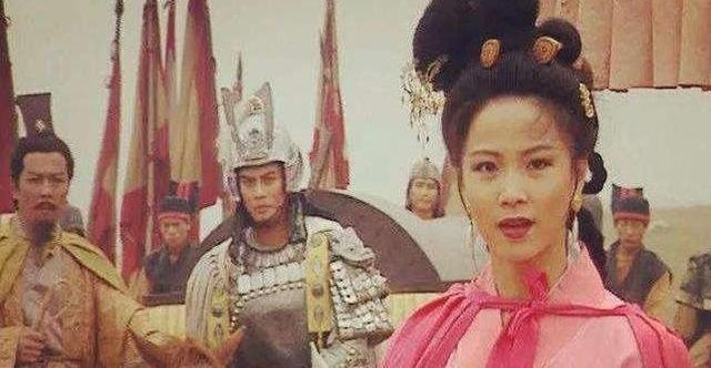 『徐州』《三国演义》刘备的小舅子糜芳犯了什么过错,被刘备活剐了?
