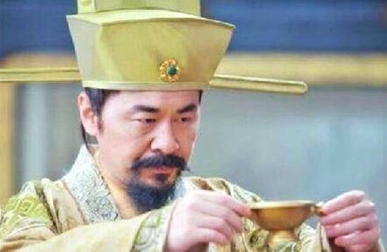 「仆人」北宋的一代名将被赐死,抄家时看到他的仆人,赵匡胤痛哭不已