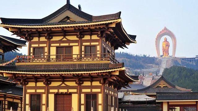 我国一座真正的寺庙,不收门票还免费吃斋饭,传承着千年的香火!