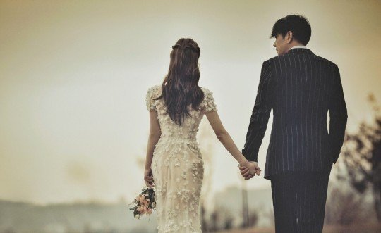 47岁男星低调再婚!曾在妻子坐月子时带小三回家,出轨后名声