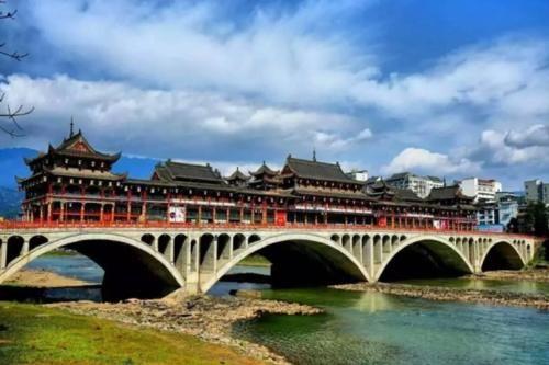 """中国最""""潮湿""""的城市,全年足足下满二百多天雨,可称为""""中国雨"""