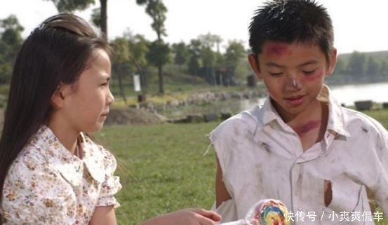 『记得』还记得周星驰电影《功夫》里面那个小女孩,如今25岁美成这样了