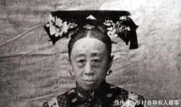 [唯一]她是唯一让慈禧害怕的女人,长相丑陋不堪,老公却是京城第一帅!