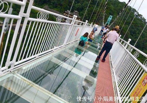 广西一个景区2015开园火爆,今年游客却空空荡荡,玻璃桥太贵