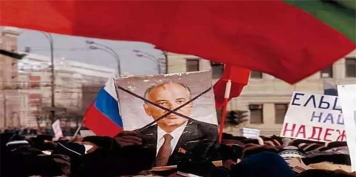 苏联解体惨剧重演,又一国或重蹈覆辙,曾是世界头号强国!