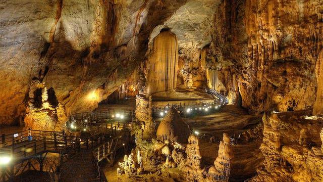 越南发现世界最大洞穴,可以容纳72亿人口,入选世界自然遗产!