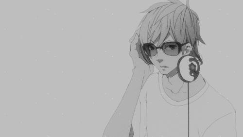 喜欢戴上耳机,与世隔绝的感觉,戴耳机男生动漫头像