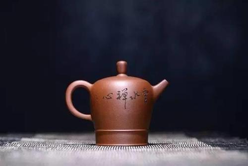 """喝茶之余,如何去""""品鉴""""紫砂壶?"""
