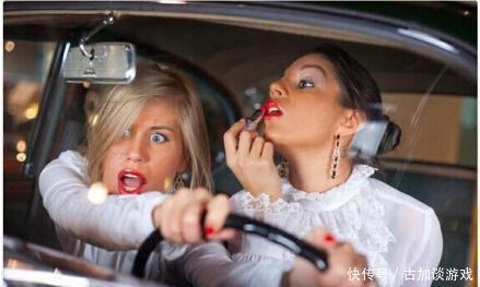 开13年出租车的司机,讲出11点开车要注意,都是血与泪的教训!