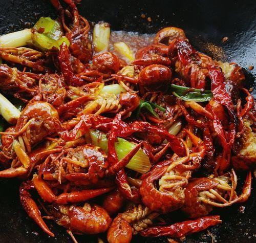 麻辣小龙虾教程 只要是海鲜都可以拿来做,麻辣鲜香 美味