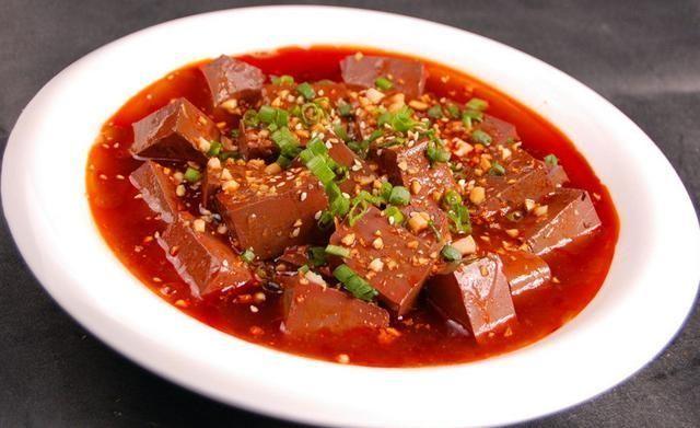 清理■美食来临:鸳鸯豆腐能清理血液垃圾,给肠胃大扫除,好吃又便宜!