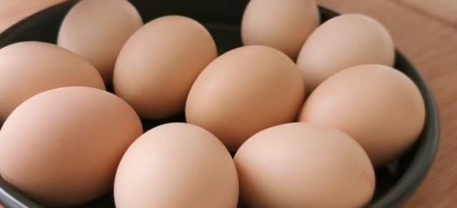 大火烧开:鸡蛋配豆腐,充分补充蛋白质,好吃又实惠
