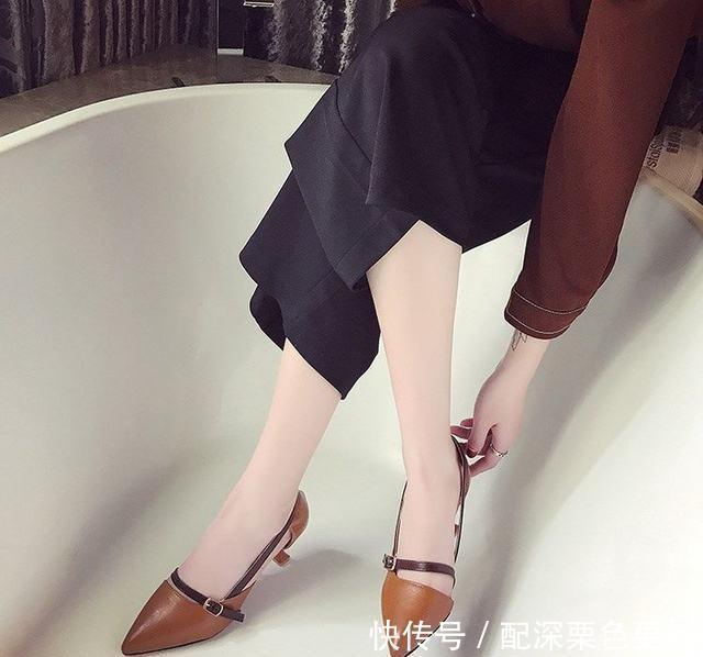 街拍:尖头高跟鞋,优雅性感,出街时髦更吸睛