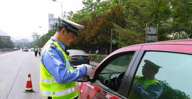 持C1驾照上路却被判无证驾驶?这个错误,八成车主会犯