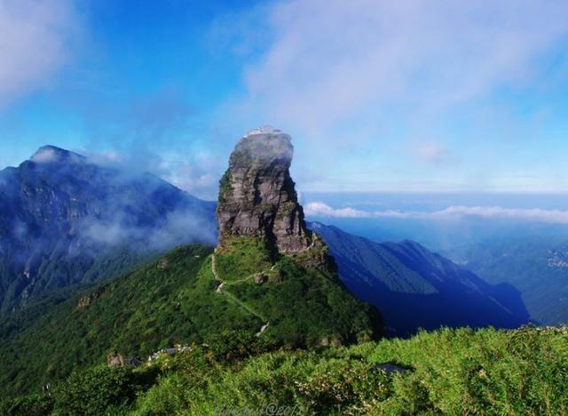 """贵州隐藏一座""""天空之城"""",云雾缭绕,被誉为""""最不可思议建筑"""""""