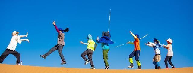 亲临沙漠绿洲,举家去感受大漠孤烟直的壮阔,沙漠骆驼唱起来呀