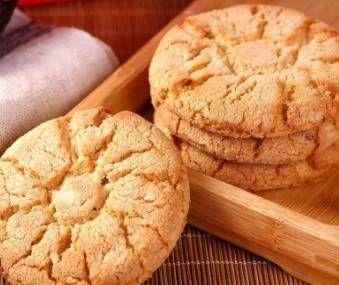 #超市里#桃酥饼最简单的方法,5分钟教你,酥脆可口,不油腻,零失败