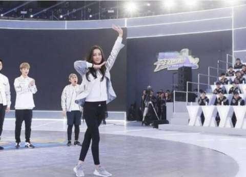 佟丽娅、娜扎和热巴,新疆妹子谁跳舞更迷人?