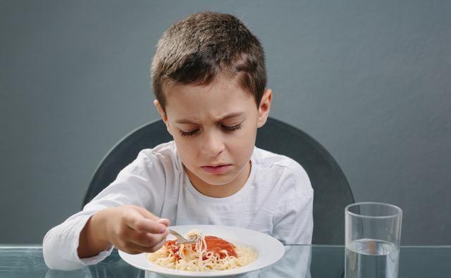 孩子挑食不用愁,在生活中做到这几点