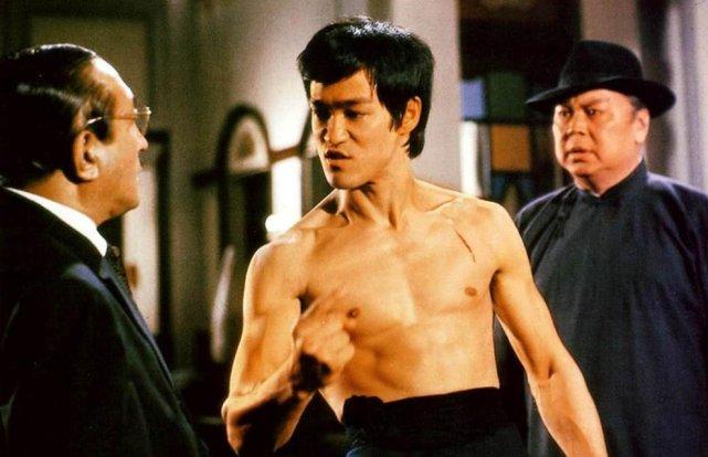 李小龙死后, 他的徒弟为何娶了他妻子? 目的很简单