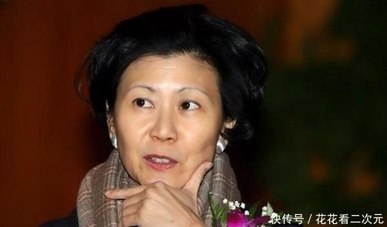【李嘉诚】曾让香港首富李嘉诚心动 只因李嘉诚儿子反对,没能嫁入李家