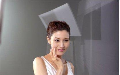张国荣口中最漂亮的女星