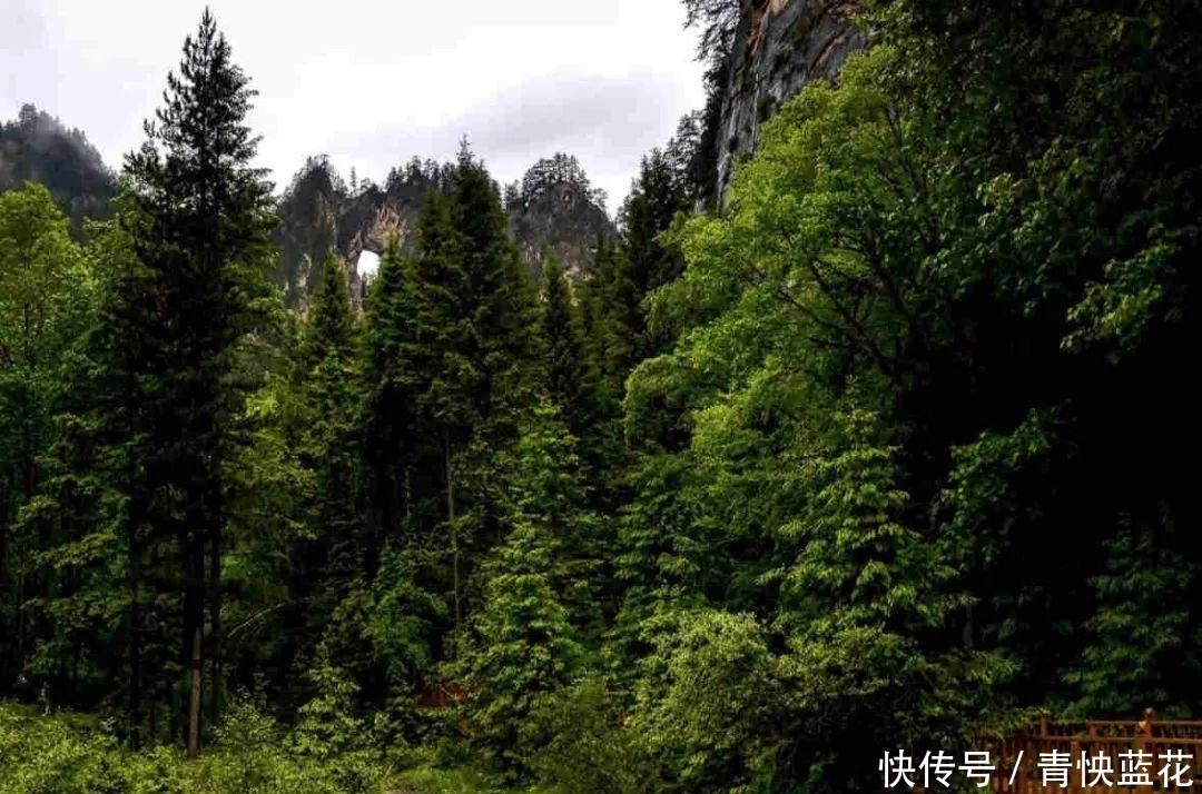 中国唯一一个被黄河切分的省会城市,美景不一般,值得去看看