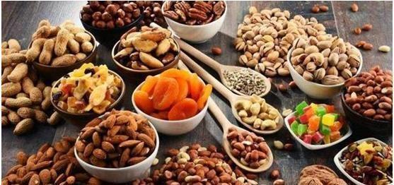 「中老年人」建议中老年人:有钱别舍不得花!吃多点这些食物,营养美味身体好